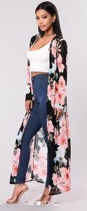New Vanilla Sky Stretch Kimono XS